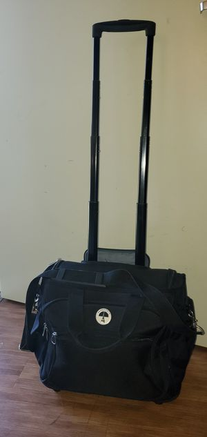 Travelpro travel luggage like new condition. for Sale in Everett, WA