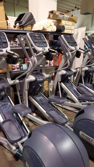 Precor efx 835 elliptical for Sale in Pompano Beach, FL