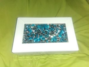 JEWELRY BOX W RHINESTONES for Sale in The Bronx, NY