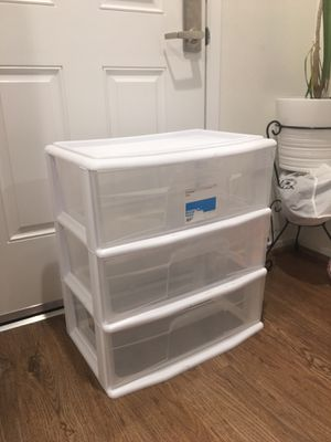 Plastic 3 drawer storage for Sale in Ontario, CA