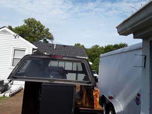 Camper(black color)/Camper negro for Sale in Nashville, TN