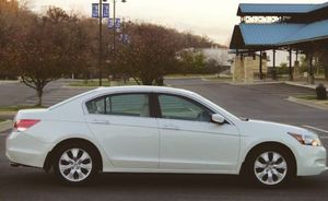 '07 Honda Accord 4 cylinder, automatic for Sale in Charleston, WV