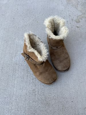 Girls suede boots size 3 for Sale in Temecula, CA