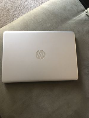 """HP 14"""" Laptop - AMD Ryzen 3 3200U - 4GB RAM 128GB SSD - Whisper Silver for Sale in Atlanta, GA"""