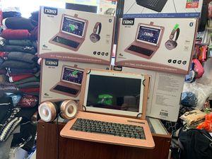 """Mini laptop 10"""" 16gb con teclado y audífonos !!! for Sale in Vernon, CA"""