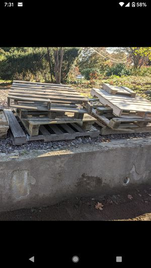 Free Pallet / firewood for Sale in Cranston, RI