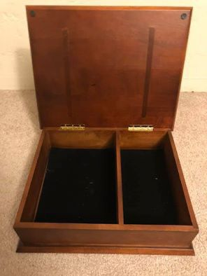 Wooden Box/ Caja de Madera for Sale in Oakland, CA
