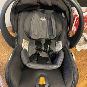 Chicco Fit 2 With Base And Stroller for Sale in MO, US