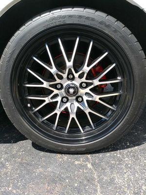 18 inch rims 18x8 for Sale in Cleveland, OH