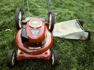Craftsman Lawn Mower for Sale in Millersville, MD