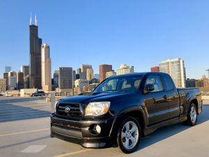 Toyota Tacoma Xrunner for Sale in Chicago, IL