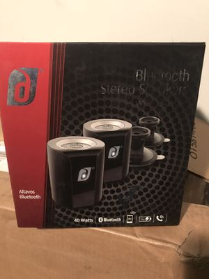 Bluetooth speakers New for Sale in Cleveland, OH