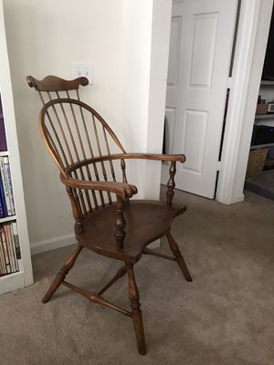 Windsor antique arm chair for Sale in Raleigh, NC