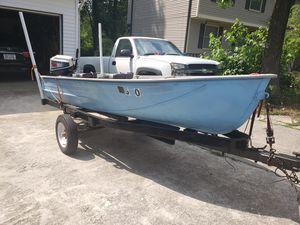 12 Ft V Hull aluminum boat for Sale in Lilburn, GA
