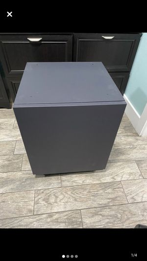 Like new file cabinet 🗄 for Sale in Riverview, FL