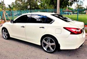 Sedan Cheap2O15 Altima for Sale in Morriston, FL