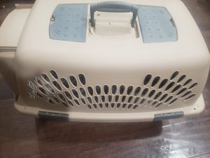 Dog kennel, barely used for smaller dogs for Sale in Nampa, ID