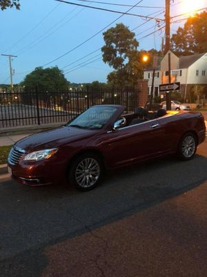 2013 Chrysler 200 hard top convertible. for Sale in Alexandria, VA