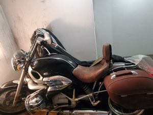 BMW R CLASSIC 1200 3550 MILES ORIGINAL NEW SERVICE COMPLET MODEL FILM JAMES BOND RUNS AND DRIVE GREAT for Sale in Miami Beach, FL