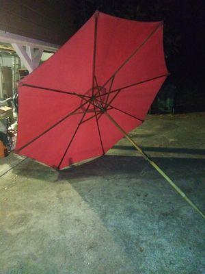 9 foot patio pool deck crank up umbrella red for Sale in PT ORANGE, FL