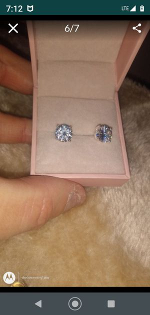 Cz Stud earrings for Sale in St. Louis, MO