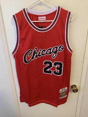 Michael Jordan #23 red rookie cursive Chicago bulls jersey for Sale in Sylmar, CA