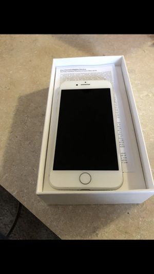 iPhone 8 64gb or best offer for Sale in Cleveland, OH