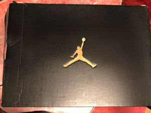 Men's Jordan big fund basketball shoes size 10.5 for Sale in Los Angeles, CA