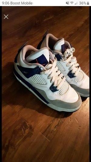 Size 4.5 boys Jordan's like new for Sale in Mantua, OH