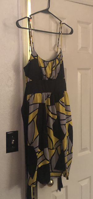 Size large A-List by Wrapper yellow grey black dress for Sale in El Paso, TX