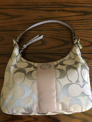 Coach light purple purse like new for Sale in Charles Town, WV
