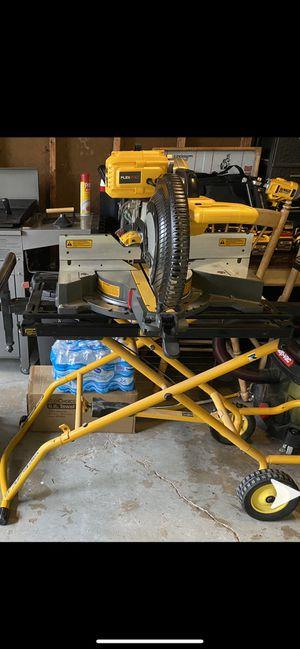 "Dewalt flexvolt 12"" sliding miter saw with rolling saw stand for Sale in Columbus, OH"
