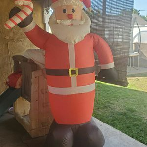 Santa Claus inflatable 8ft for Sale in Long Beach, CA