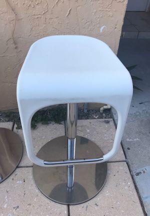 Bar stool for Sale in Miami, FL