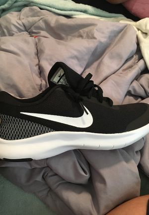 Nike women's running shoes sz9 for Sale in Anchorage, AK