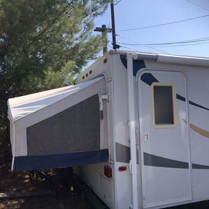 Coyote travel trailer 24ft. for Sale in Jamul, CA