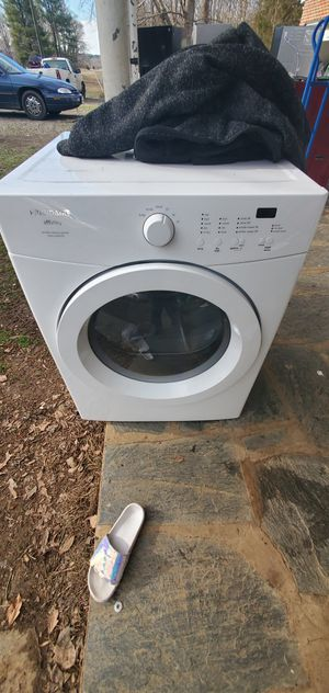 Frigidaire washer and dryer for Sale in Cumberland, VA