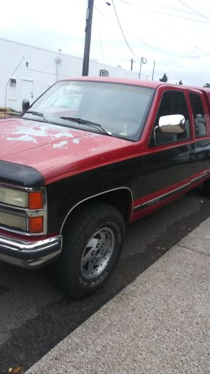 1995 Chevy Silverado 1500 for Sale in Portland, OR