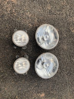 OEM 2015 JKU headlight housing and fog lights with bulbs for Sale in Manassas, VA