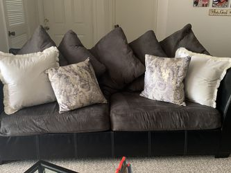 Couch And Love Seat For Sale for Sale in Brandon,  FL