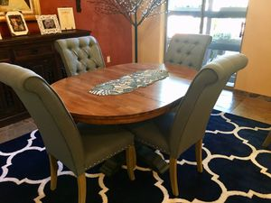 Dining table for 6 for Sale in Scottsdale, AZ