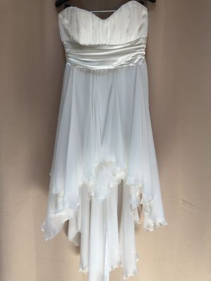 White high-low party/homecoming dress for Sale in Orlando, FL