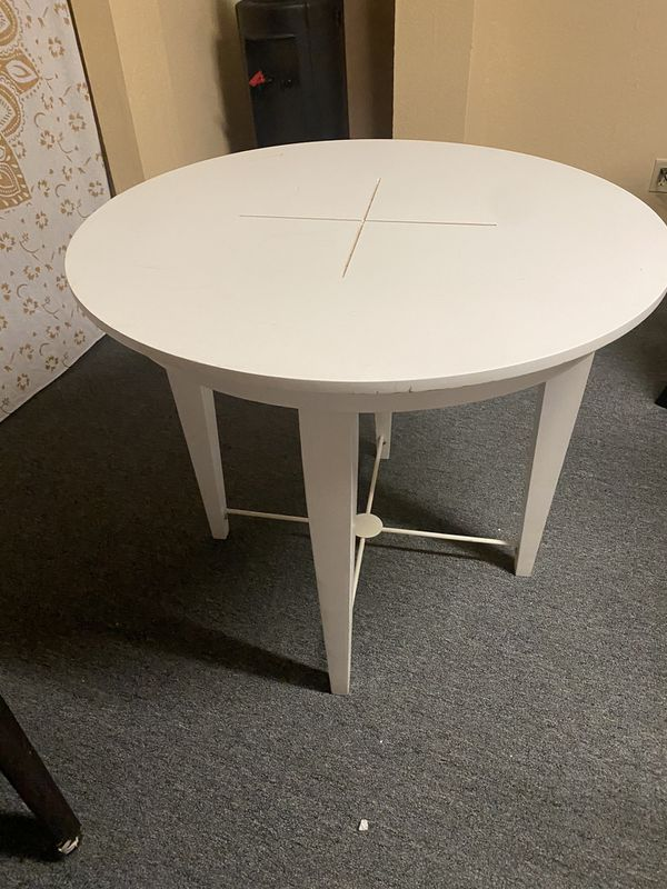 White display table