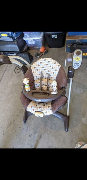 Graco Silhouette Swing Chair Vibrates Music Baby for Sale in Las Vegas, NV