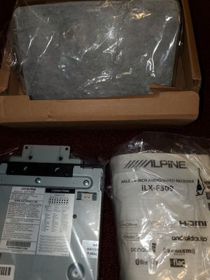 New Alpine Halo9 ILX-F309 for Sale in Billerica, MA
