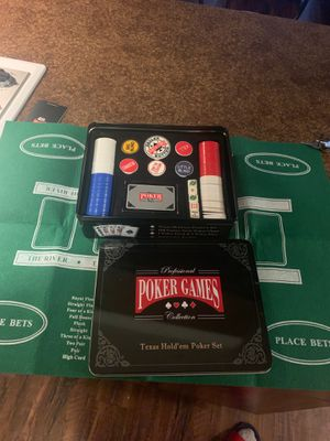 Poker set with playing mat and chips for Sale in Spokane Valley, WA