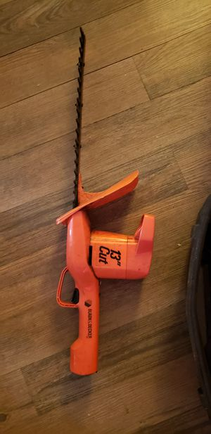 "Black and Decker 13"" Hedge Trimmer for Sale in Rocky Mount, VA"