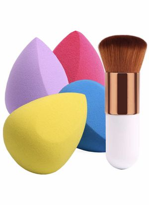 Brand New 4+1Pcs Makeup Sponges with Foundation Brush, Foundation Blending Sponge for Liquid Cream and Powder, Professional Beauty Sponge Blender & K for Sale in Arnold, MO