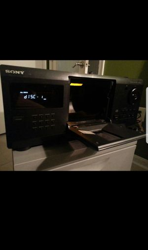 Sony 200 Disc CD Changer and Storage for Sale in Temple Hills, MD