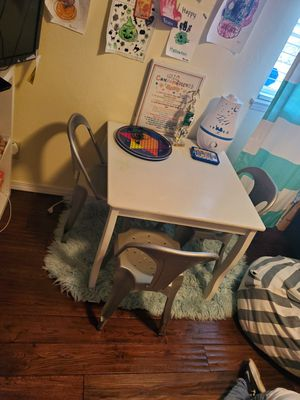 Kids table and chairs. for Sale in San Jose, CA